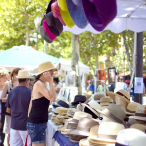 aix-provence-hat-stall